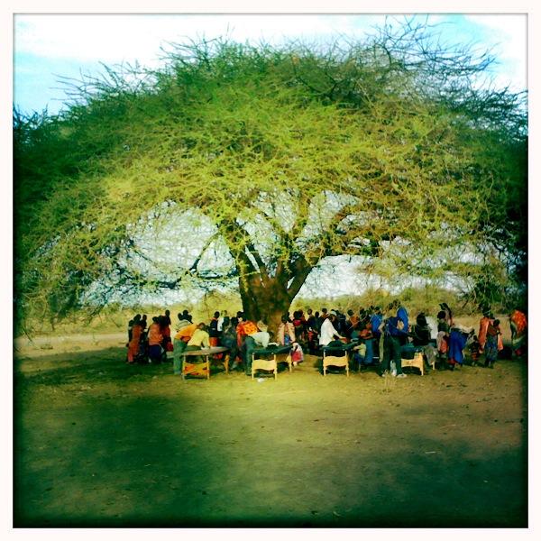 Humanitärer Hilfseinsatz in Nairobi, Keniamit der Divinity Foundation